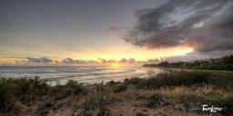 Coucher de soleil sur la plage de 3 bassins à la Réunion Photo n°2