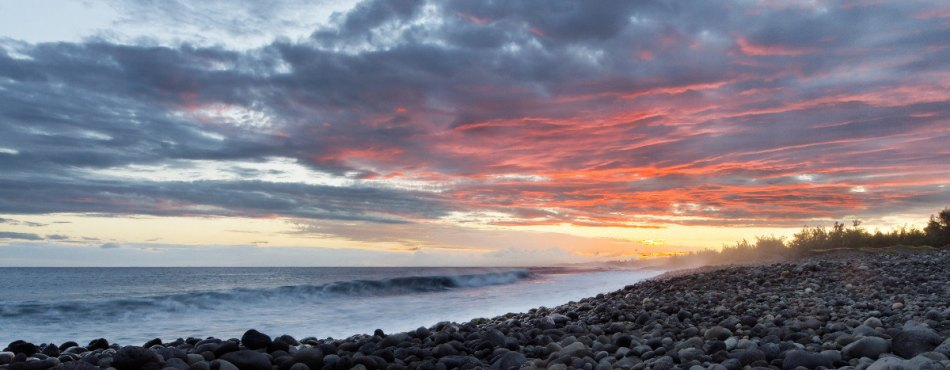 Coucher de soleil sur une plage de galets l 39 tang du - Coucher avec une star du x ...